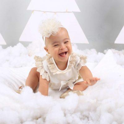 bebe-ropa-navidad-conjunto-niña-kerubines-lazo-blanco