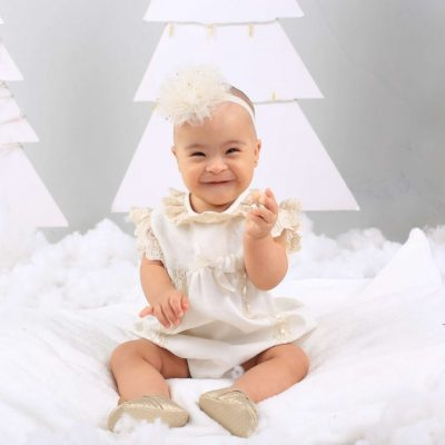 bebe-ropa-navidad-conjunto-niña-kerubines-blanco-lazo